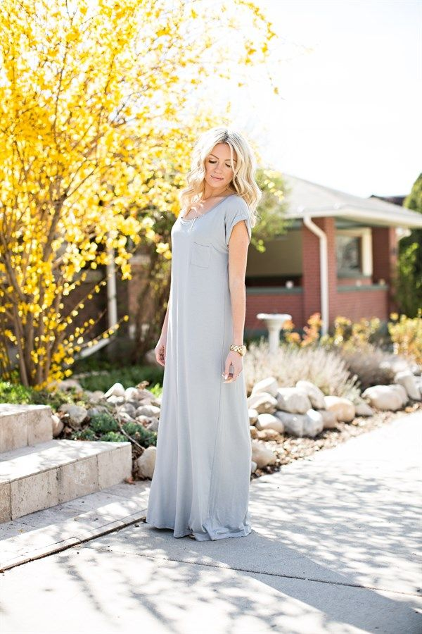 Loose Fit Maxi Dress with Pocket Detail. | Jane