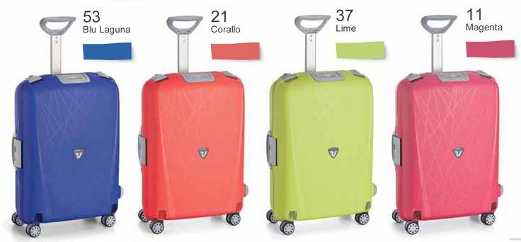 Maletas de Viaje rígidas de la marca Roncato. Equipaje de viaje compatible con las medidas de cabina de diseño italiano #maletas #viajar #equipajedemano #Roncato #Italia #cabina #Light
