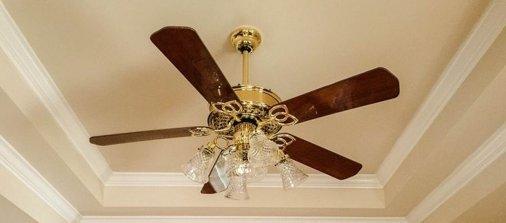 Click this site http://www.thecomfybuddy.com/best-ceiling-fans/ for more information on Best Ceiling Fans For Large Rooms. The bedroom, if not exactly the heart of the house, is certainly a vital organ of it. It is the sanctuary to which you retreat to unwind after a long hard day's work.