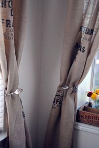 Originales cortinas con sus sujetadores 4