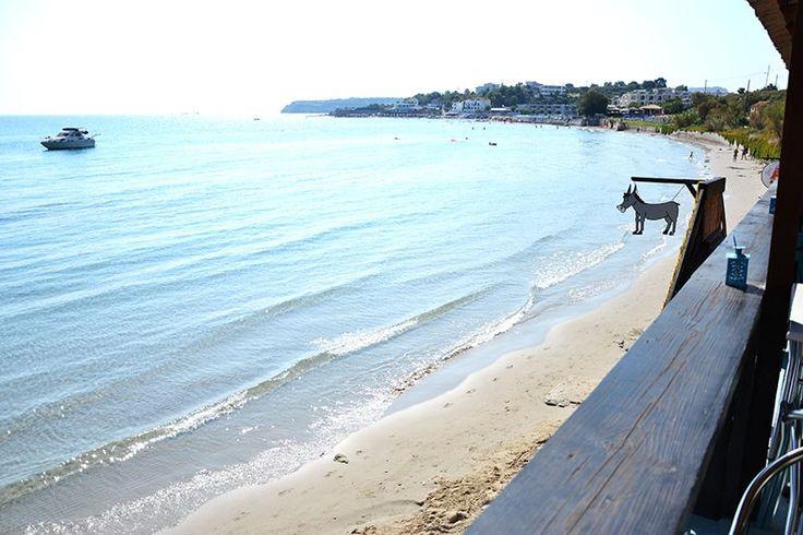 """""""Gaidaros"""" All Day Beach Bar In Zakynthos"""