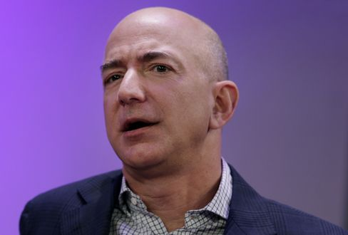 Jeff Bezos Sells More Than $500 Million in Amazon Shares