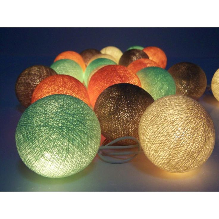 Guirnalda de luces, bolas de algodón, 12,90 €
