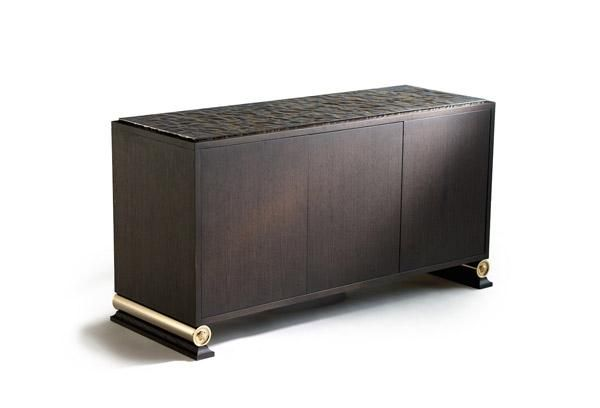 Dark natural wood finishing, special oxidized stainless steel top. Gold metal cylinder feet with sculptural 3D Medusa and wooden base. Cutlery tray upholstered in leather. Size: 154x55xh80 cm.
