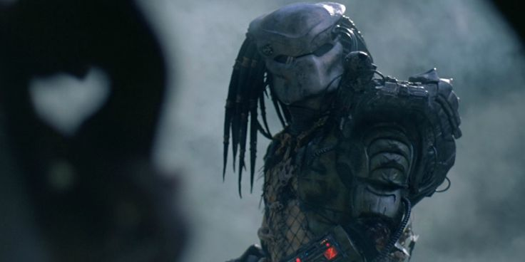 Shane Black Reconfirms The Predator's R Rating, Because 'Spines Bleed'