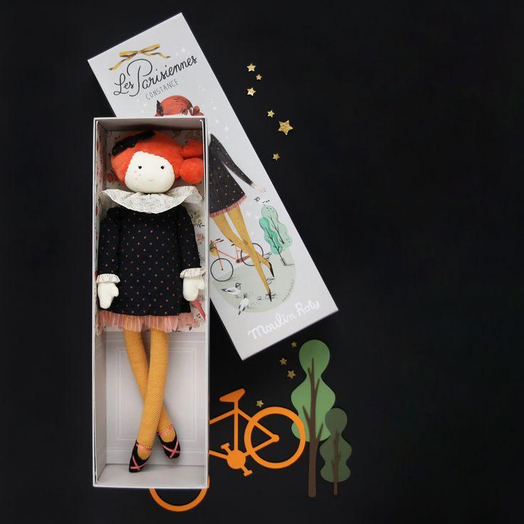 """Poupée de la collection """"Les parisiennes"""" de Moulin Roty. A retrouver sur jeujouet.com. Photo (c) Jesus Sauvage pour MilK Magazine."""
