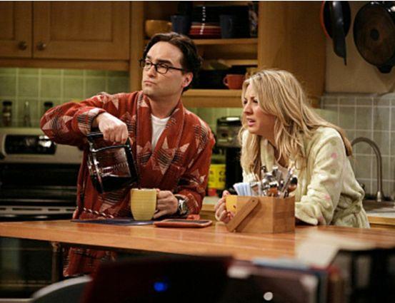 Leonard y Penny siempre se despiertan con un buen café