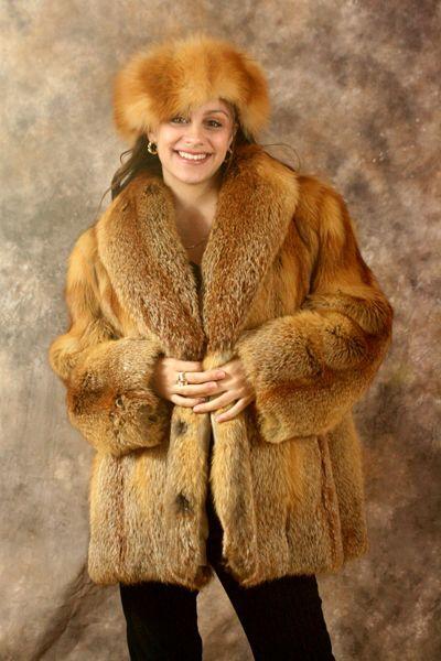 Red Fox Fur Coat And Hat 400 215 600 Pixels Fur
