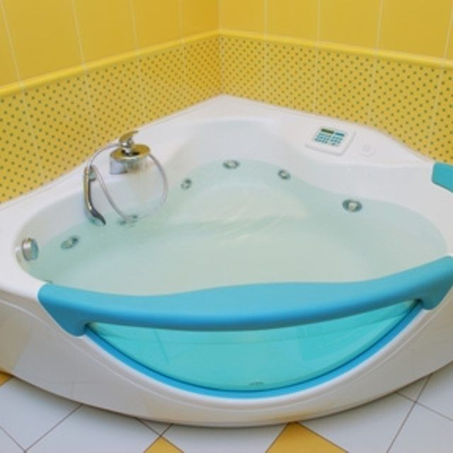 Best 25 Plastic Bathtub Ideas Only On Pinterest   Tub Surround  How To Clean Jets In Whirlpool Tub   Mobroi com. Keep Jacuzzi Tub Jets Clean. Home Design Ideas