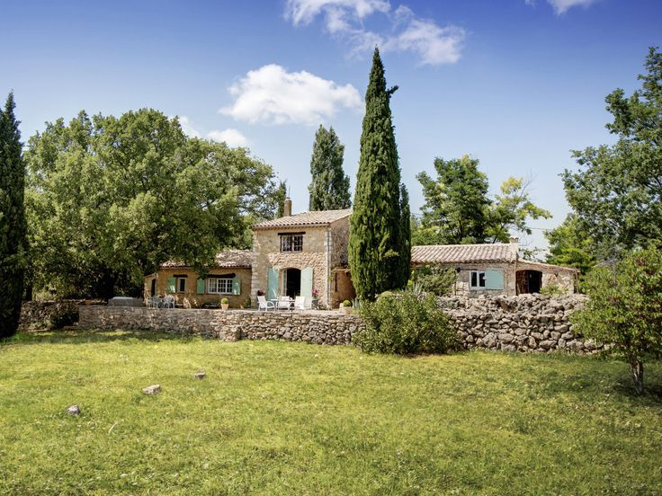 Beautiful self-catering Villa Provence, sleeps 8, 3 bedrooms, 3 bathrooms, swimming pool, terraces, log fire, vineyard and olive grove views