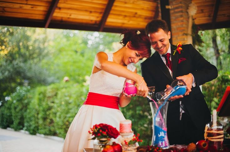 Maestro de ceremonias oficiante. Precios. boda civil. Guión ceremonia civil
