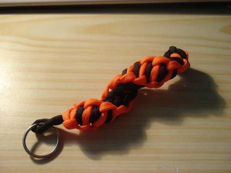 17 best images about paracord keychain instructions on for How to make a keychain out of paracord