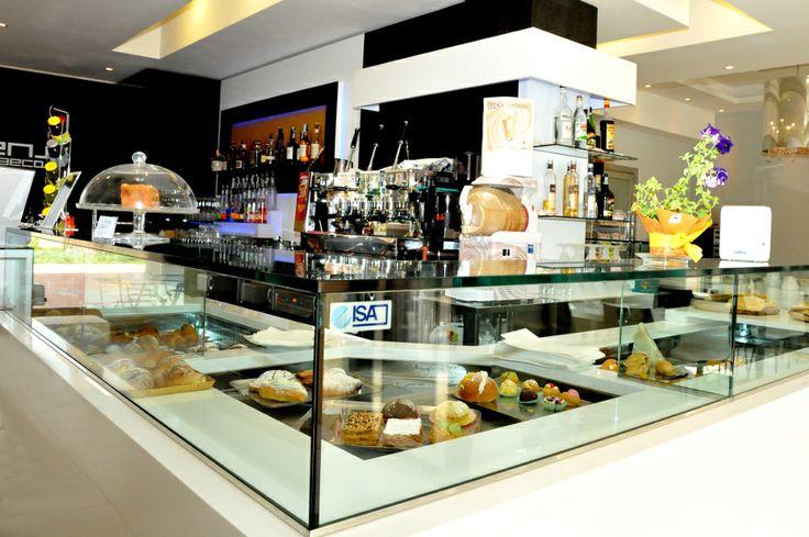 79 migliori immagini interior forniture arredamento bar for Arredamento bar palermo