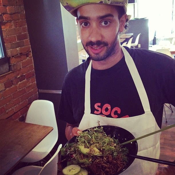 Our very smart, cool chef Jordan at Live Food Bar by our @LuluJesse