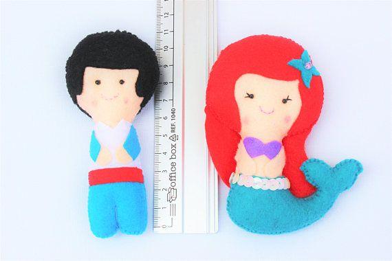 Muñecos de fieltro: Princesa Ariel y príncipe regalo para