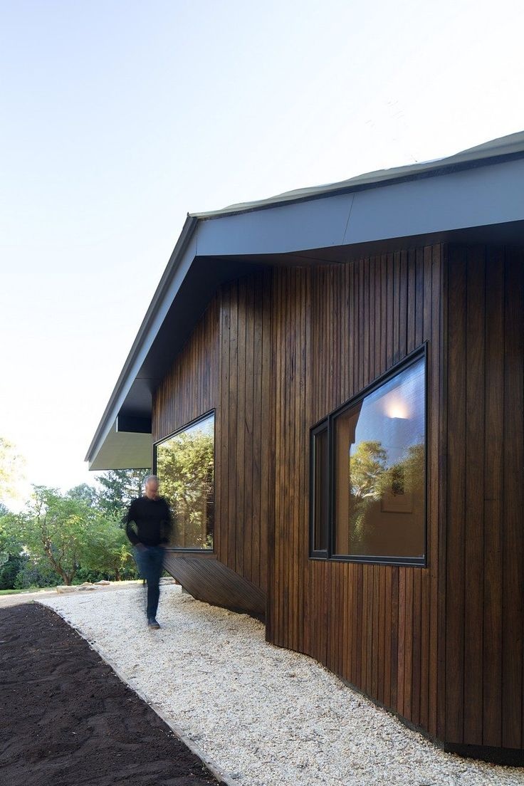 Shadow Cottage Daylesford is a Wood Story in Contrast to a Discrete Industrial Aesthetic