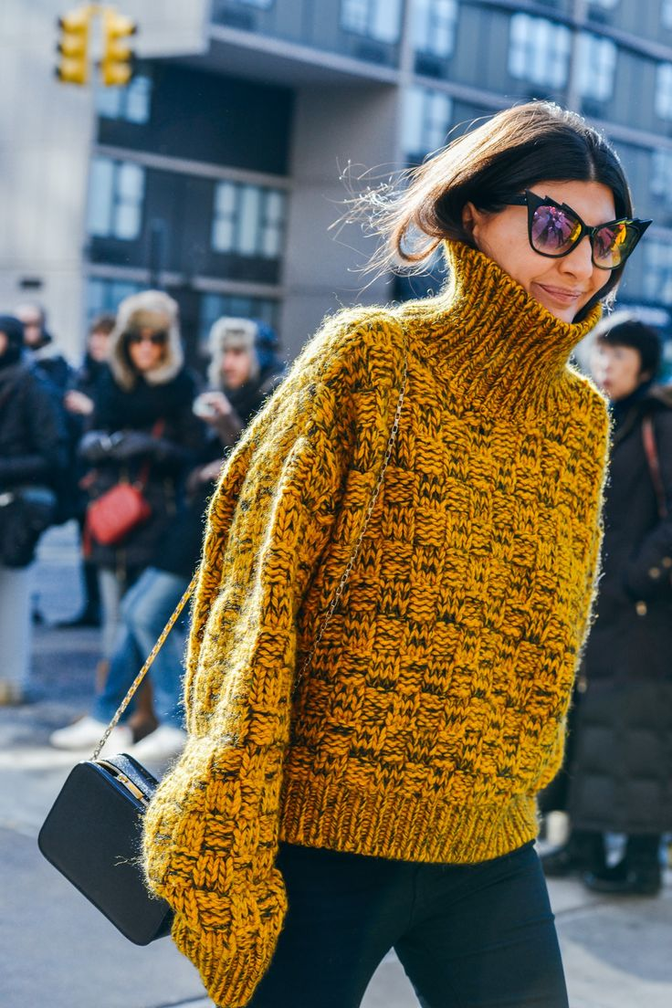 Tommy Ton Shoots the Best Street Style at the Fall '15 Shows - Giovanna Battaglia