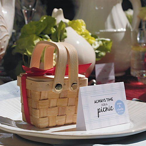 Pre Wedding Gift Basket For Bride : mini woven picnic baskets picnic baskets picnic box woven baskets ...