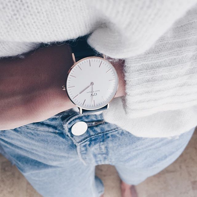 Win a Daniel Wellington watch by entering the Lovelyisms giveaway here > http://lovelyisms.com/daniel-wellington-watch-giveaway/