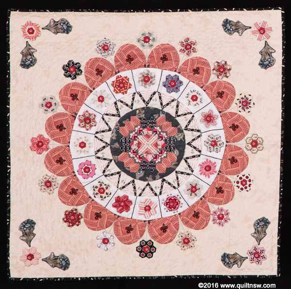 """Sydney Quilt Show 2015 - Second Prize, Miniature Quilt - """"Mandala in Stitches"""" by Shelley Kelly."""