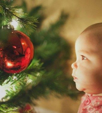 25+ beautiful Family christmas pictures ideas on Pinterest ...