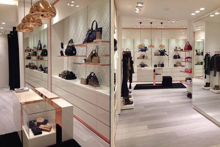 Удивительный дизайн интерьера магазина Liu Jo в Италии