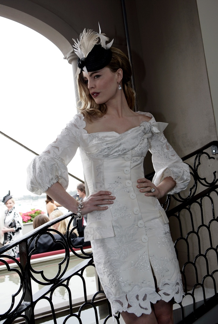 Melissa George wears J'Aton Couture at Melbourne Spring Racing Derby Day 2007