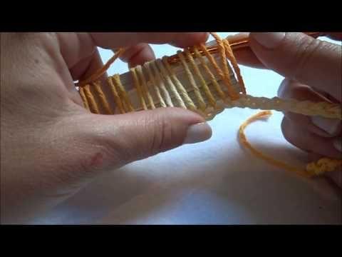 Primeiro vídeo com passo a passo criado com fotos a quatro anos atrás. Durante a febre dos cupcakes de crochê.