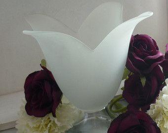 """Glassato di vetro vintage 6.5"""" Tulip vaso o candela titolare, chiaro footed base, regalo di nozze, centro tavola, decorazione della tavola"""