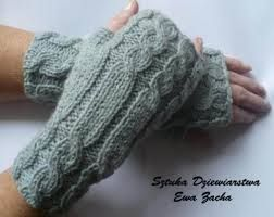 Znalezione obrazy dla zapytania rękawiczki robione na drutach wzór
