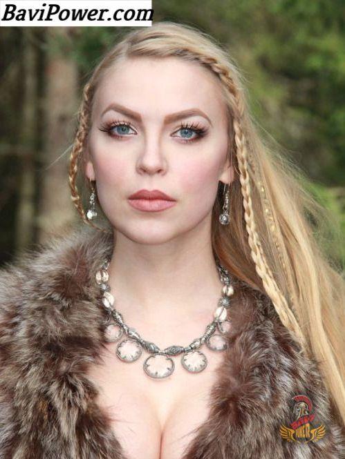 d39abe31 Viking Women   Viking stuff   Viking woman, Vikings, Women