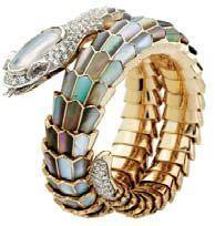 Браслет в виде змеи от Carlo Luca della Quercia, золото, эмаль, бриллианты.