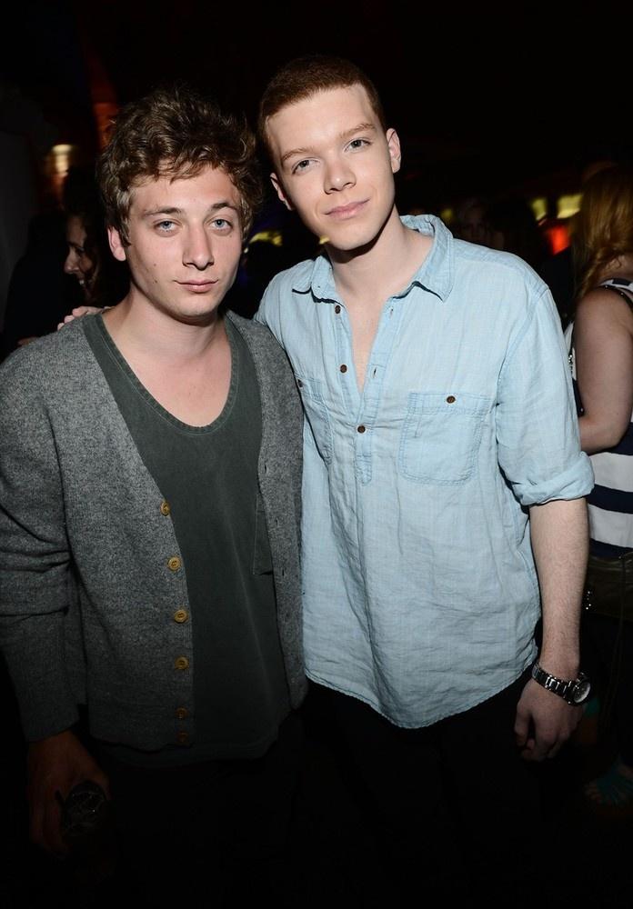 Jeremy Allen White (Lip Gallagher) & Cameron Monaghan (Ian Gallagher) from Shameless, at Comic-Con. Lip lip lip lip!