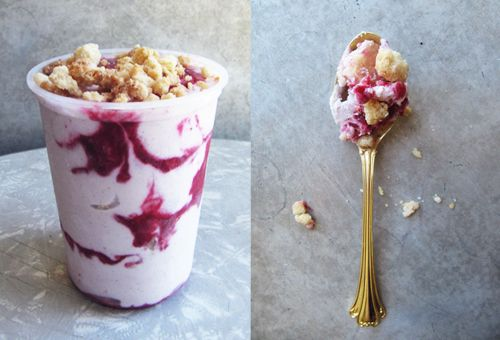 Berry Crumble Ice Cream // take a megabite