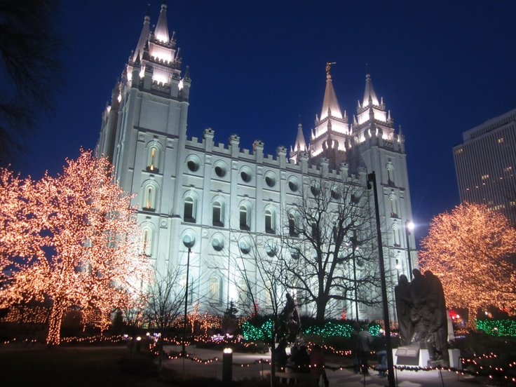 The beautiful lights of #TempleSquare in #SaltLakeCity Utah. Those #Mormons sure know how to build!