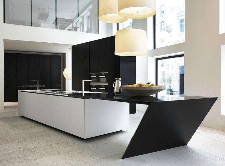 Wat gebeurt er wanneer Poliform-Varenna, Studio Daniel Libeskind en DuPont Corian de handen in elkaar slaan? Dan krijg je deze #keuken 'Sharp'!  Meer info: www.poliform.it #kitchen #metamorphosia