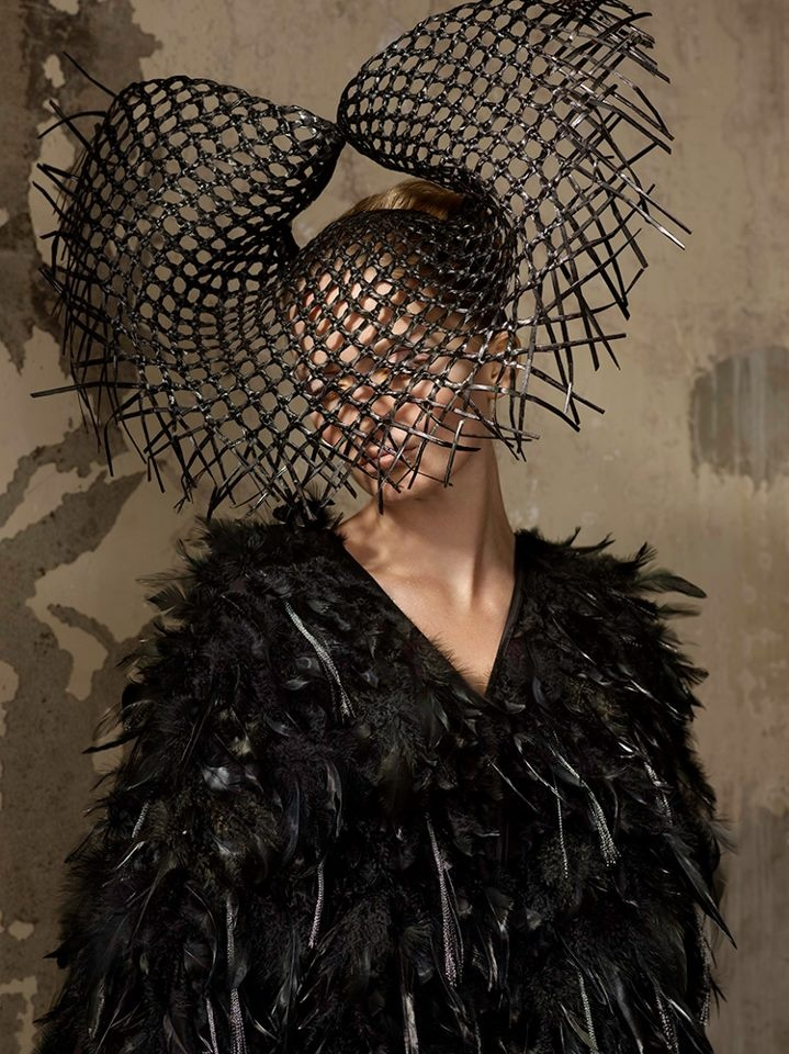 The weaving technique used on this head piece could be used as a necklace to compliment my garment.