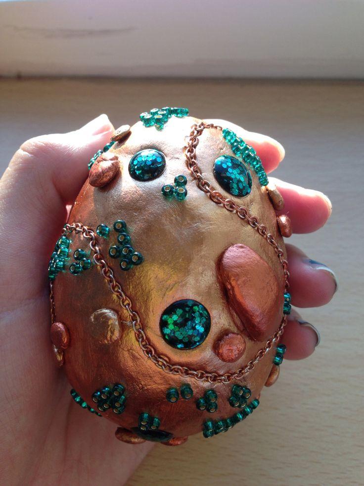 Diy dragon egg, styrofoam egg, clay and lots of sparkles ...