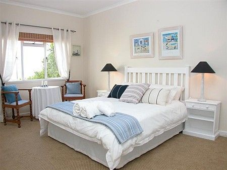 Self Catering Accommodation, Simonstown, Cape Town   Paradise relaxation in this beautiful tranquil bedroom