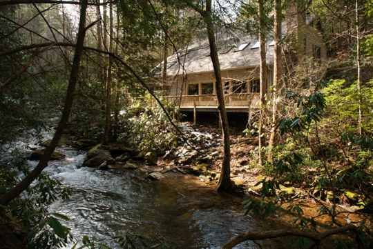 Cottages at Smithgall Woods State Park in Helen, GA: My family and I stayed in Creekside Cottage in Smithgall Woods State Park on a series of warm days in February. It was a luxurious, fully equipped haven in the woods.