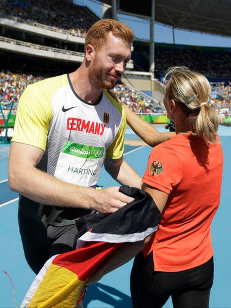 Christoph Harting Wins Gold Medal in Discus Throw Olympic 2016  (1140×1520)