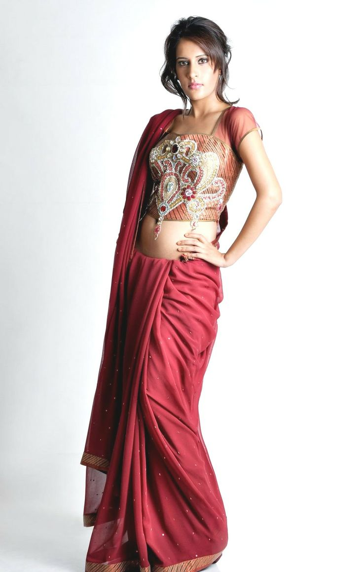 New Modern Style To Wear Sarees | Blog - Faseeon.com ...