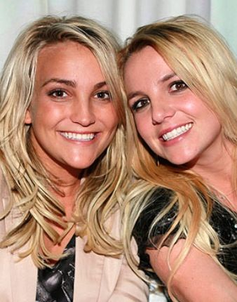Brittany and Jamie-Lynn Spears