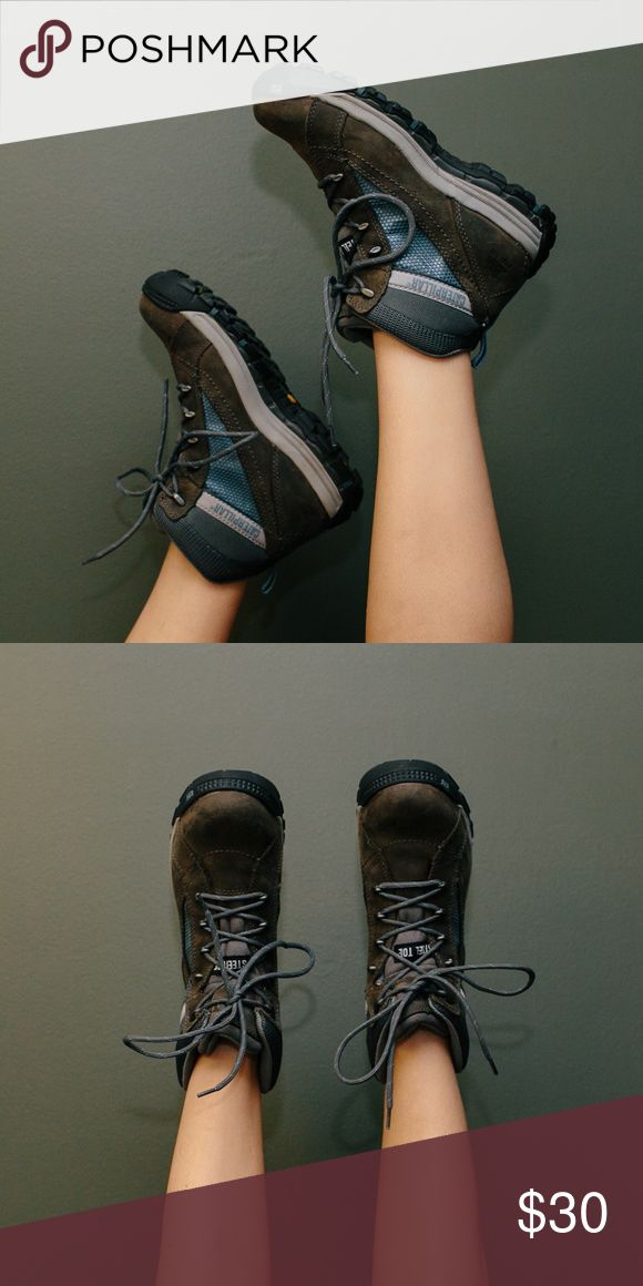 CATERPILLAR HIKING BOOTS SZ 8 UK 6.  EUR 39 --STEEL TOE worn only once! Caterpillar Shoes Lace Up Boots