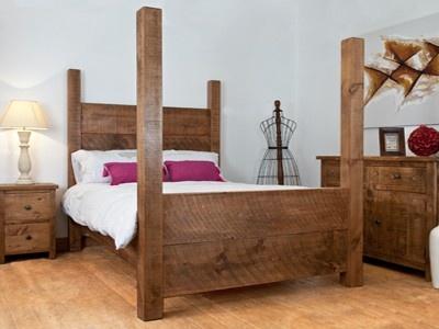 Distinctive Dark Wooden Bed Frame