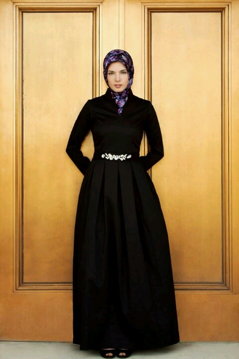 Awesome gown ala abaya from Haute Hijab.....