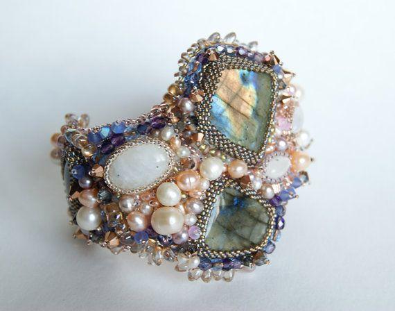 Bracelet with labradorite Aurorabeaded  by LoveBeadJewerly on Etsy