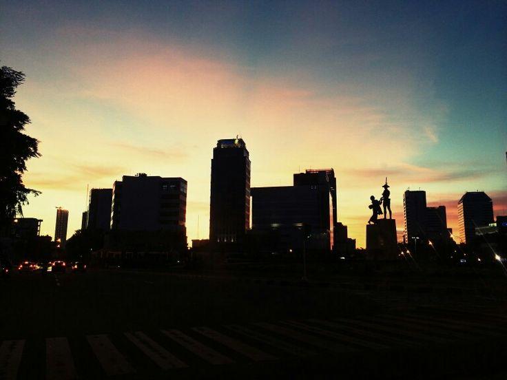Jakarta by Nuniek Ardianto