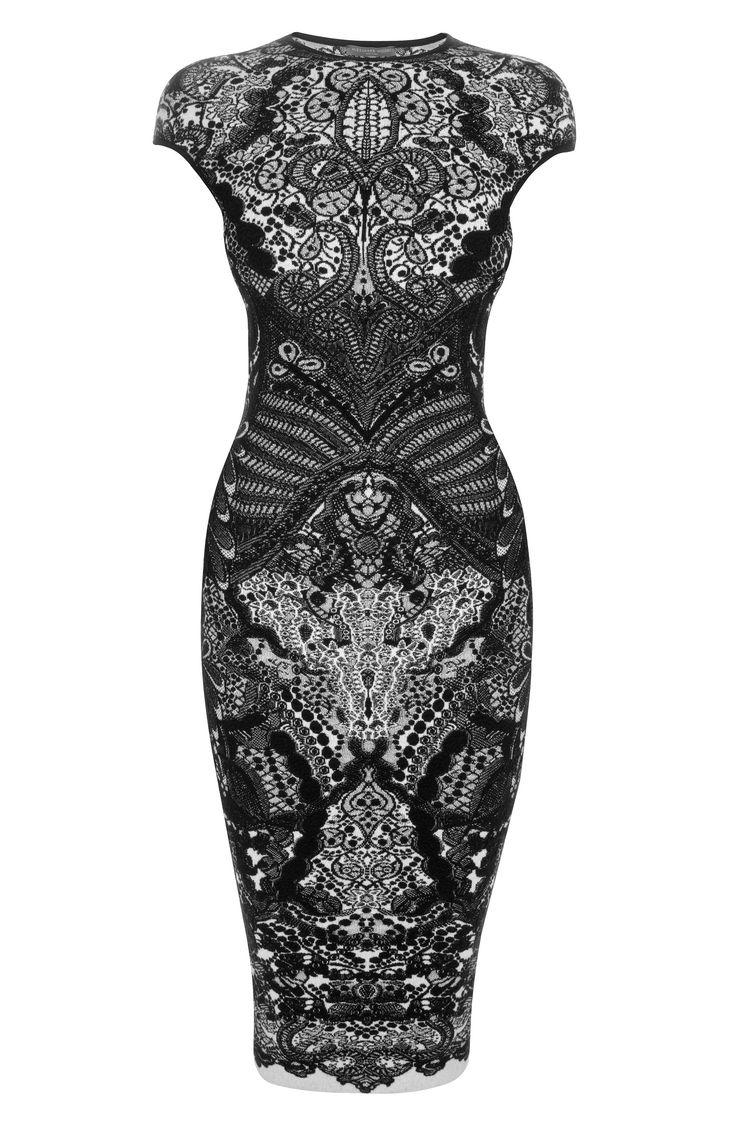 Black Victorian Puckering Lace dress: Black Lace, Puckering Lace, Alexander Mcqueen, Alexandermcqueen, Victorian Puckering, Lace Jacquard, Pencil Dresses, Black Victorian