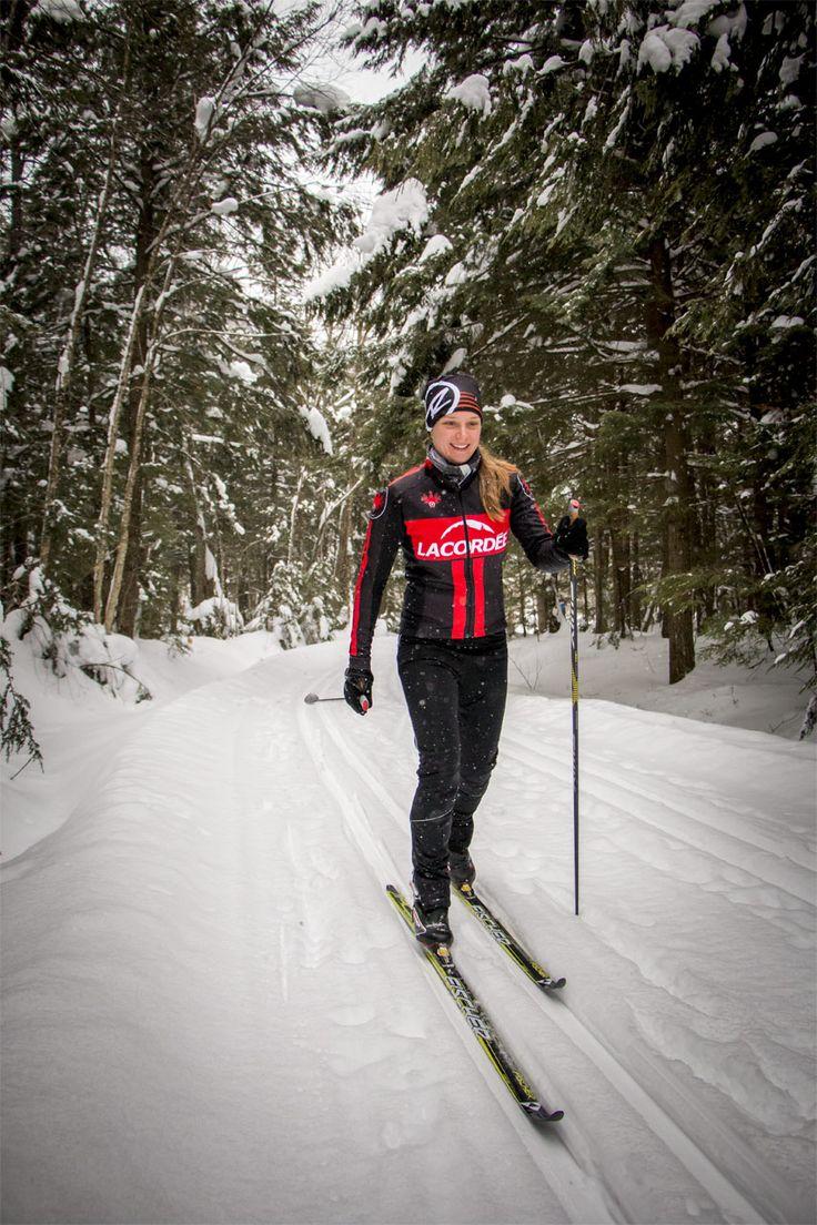 Par Michel White, cardiologue L'arrivée imminente de l'hiver annonce le début des très agréables activités d'hiver, comme la raquette et le ski de fond. Comme ce dernier connaît un essor important, voici une chronique automnale qui traite du «pourquoi» et du «comment» pour celles et ceux qui comptent commencer le ski de fond cet hiver.…